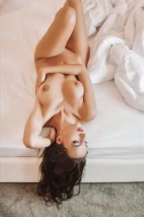 Raffelina, horny girls in France - 11109